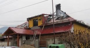 Žilinskí hasiči v noci likvidovali požiar v bývalom hostinci