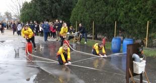Nadšenie mladých hasičov bez zábran
