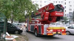 Pri požiari v bytovom objekte v Košiciach hasiči evakuovali 9 osôb