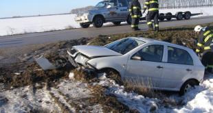 Štúrovskí hasiči zasahovali pri vážnej dopravnej nehode