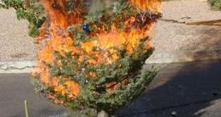 Požiar dreveného zrubu pravdepodobne zapríčinila prskavka