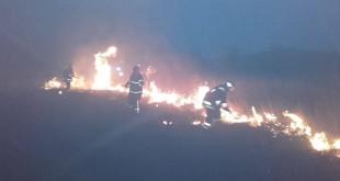 Rozsiahly požiar lúky v katastri mesta Fiľakovo