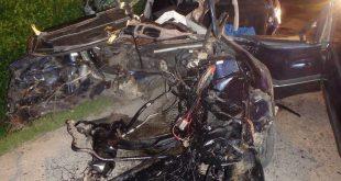 Hasiči v noci zasahovali pri vážnej dopravnej nehode vo Váhovciach