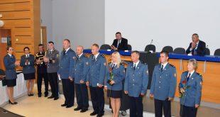 Oceňovanie príslušníkov Krajského riaditeľstva Hasičského a záchranného zboru v Banskej Bystrici