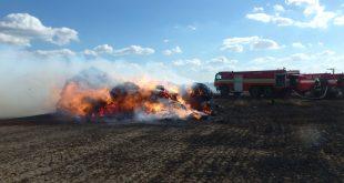 Požiar poľnohospodárskeho stroja v Čiernom Brode