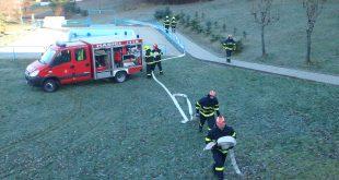 Požiarno-taktické cvičenie v Jedľových Kostoľanoch