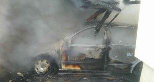 Hasiči zasahovali pri požiari vozidla vo Veľkých Kostoľanoch