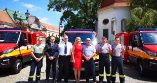 Nové vozidlá Iveco Daily si v stredu prevzalo 13 obcí Trnavského kraja