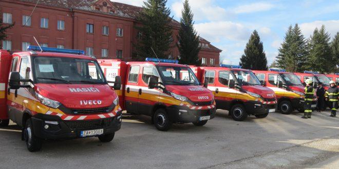 V Žilinskom kraji si nové vozidlá Iveco Daily prevzalo 56 miest a obcí
