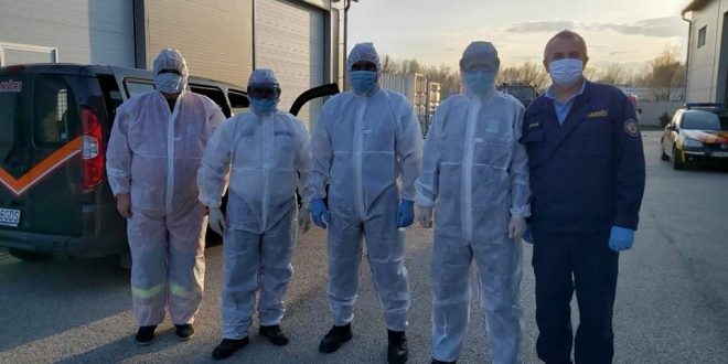 Už dva týždne dohliadajú príslušníci HaZZ na chod karanténneho centra v Gabčíkove