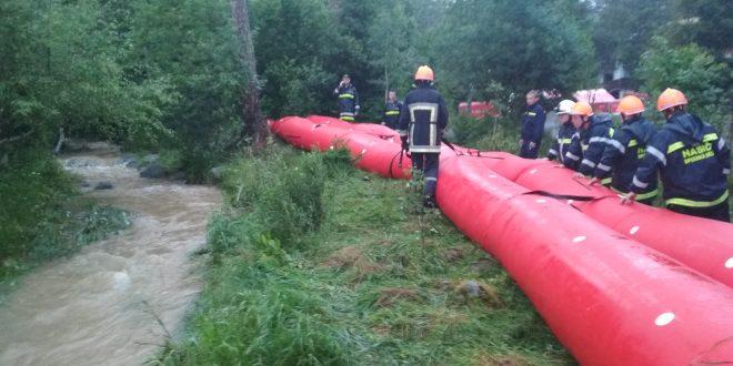 Vodný tok v obci Stará Lesná v noci klesol